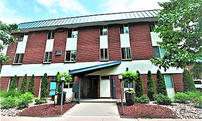 Building, 172 S Clarkson St, 0