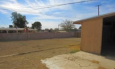 Building, 2092 Oak St, 2