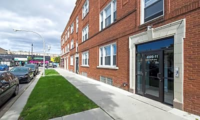 Building, 4050 N Milwaukee Ave, 2