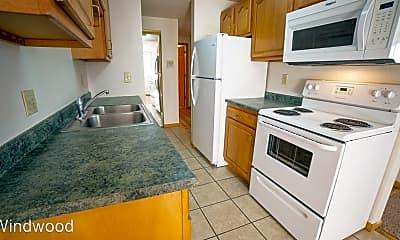 Kitchen, 1412 E Gateway Cir S, 1