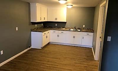 Kitchen, 423 Hebron St, 1