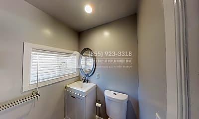 Bathroom, 4115 Lusk Street, 2