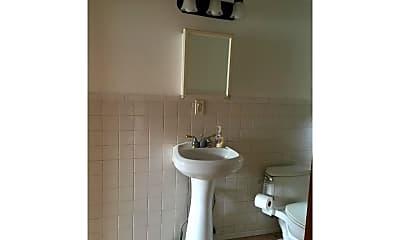 Bathroom, 1030 Dorrance St, 1