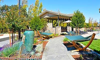 Pool, Verdant at Green Valley, 1