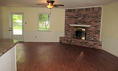 Living Room, 3801 Cruise Dr, 1