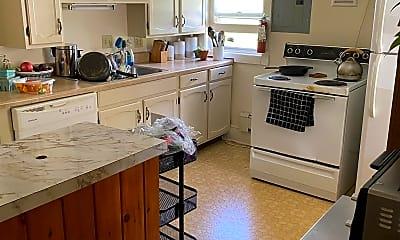 Kitchen, 120 N Willard St, 1