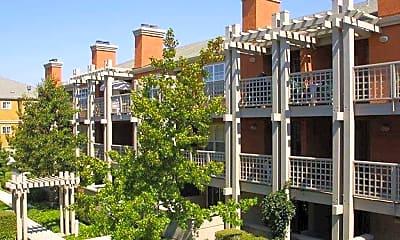 Building, Bella Vista, 1