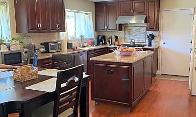 Kitchen, 5808 Greenview Rd, 1