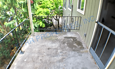 Patio / Deck, 8535 NE Halsey St, 2