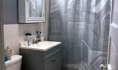 Bathroom, 78 Fuller St, 2