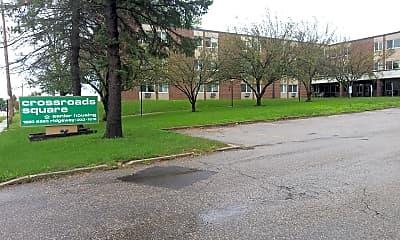 Crossroads Square, 1