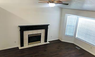 Living Room, 3980 2675 W, 1