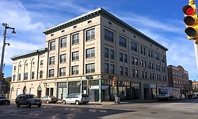 Building, 609 W Historic Mitchell St, 0