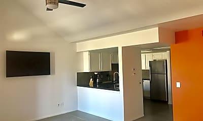 Living Room, 32505 Candlewood Dr., #74, 1