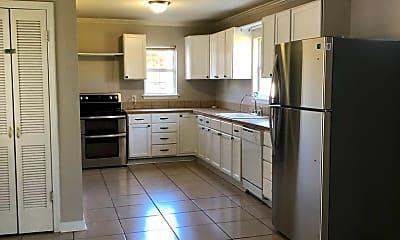 Kitchen, 1133 S Burgess Dr, 1