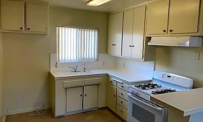 Kitchen, 812 S Glendale Ave, 1
