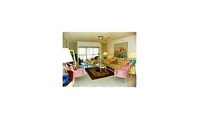 Living Room, 1540 Glen Oaks Dr E B-327, 1