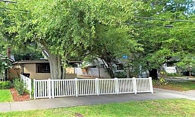Patio / Deck, 610 Clayton St, 0