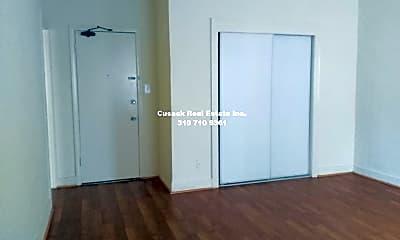 Bedroom, 259 S Harvard Blvd, 2