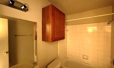 Bathroom, 2105 Tahoe Ct, 2