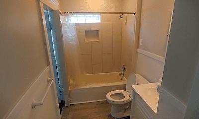 Bathroom, 2620 Cochran St, 1