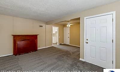 Living Room, 3115 E Maplewood St, 1