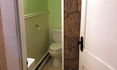 Bathroom, 3 Central Ave, 2
