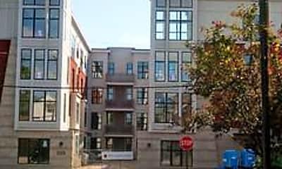 Building, 220 Cedar St 404, 1