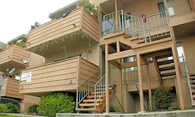 Summer Breeze Apartments, 1