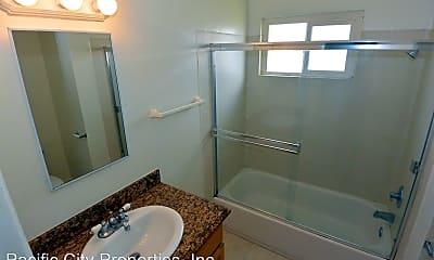 Bathroom, 7761 Mandrell Dr, 2