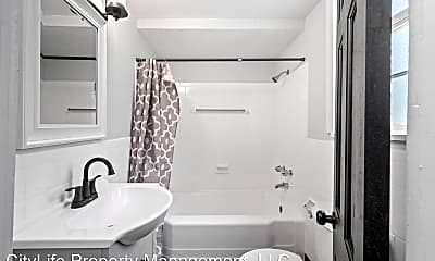Bathroom, 114 Minooka St, 1