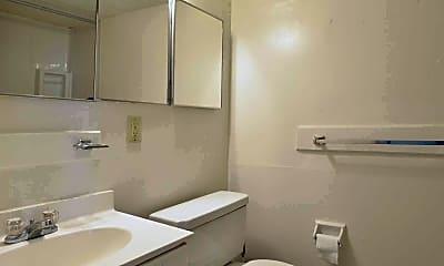 Bathroom, Manayunk Garden Apartments, 2