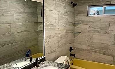 Bathroom, 2713 W Sayre Ln, 2