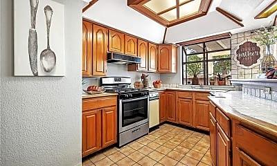 Kitchen, 1465 Platt Cir, 2
