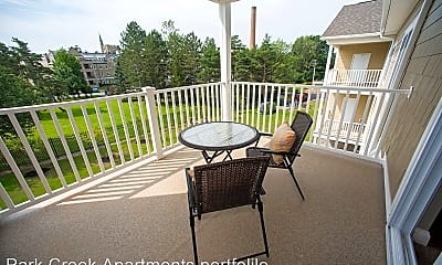 Patio / Deck, 408 Mill St, 2