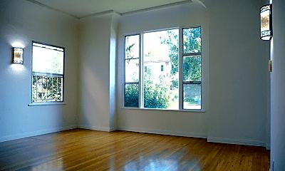 Living Room, 405 N Spaulding Ave, 1