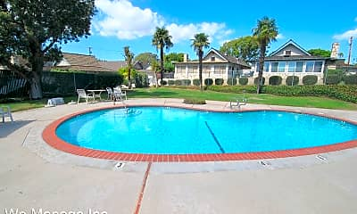 Pool, 3619 Pacific Ave, 2