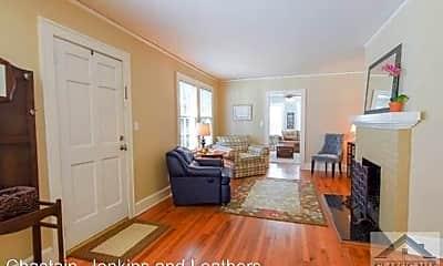 Living Room, 140 Greenwood Dr, 1