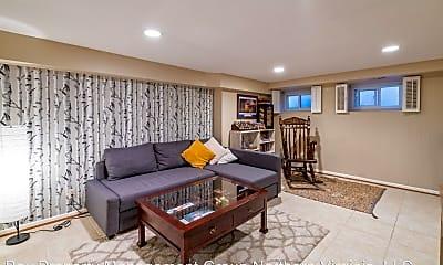 Living Room, 4402 34th St S, 2