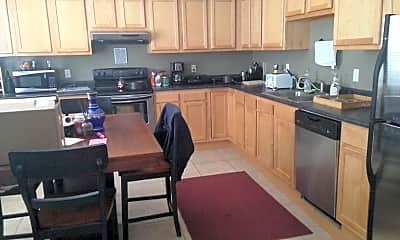 Kitchen, 635 Edgar Ave, 0