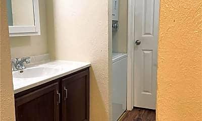Bathroom, 127 Ashley Dr, 2