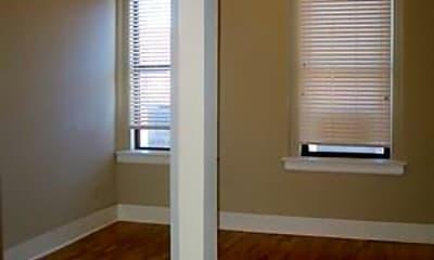 Bathroom, 620 N 12th St, 2