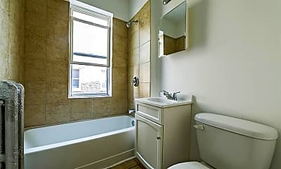 Bathroom, 8251 S Ellis Avenue, 2