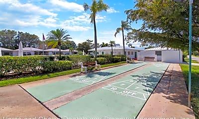 Pool, 501 W Venice Ave, 2
