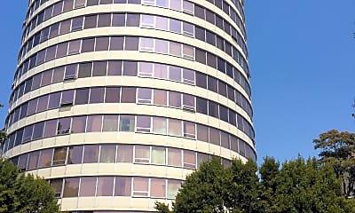 Smith Towers Apartmets, 2
