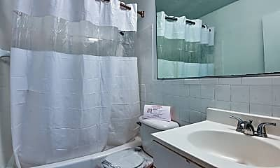 Bathroom, Sagamore Court, 2