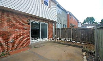 Building, 6220 E 129th St, 2