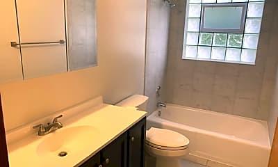 Bathroom, 7912 W Belmont Ave 2S, 1