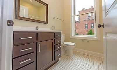 Bathroom, 134 Remsen Street, 2