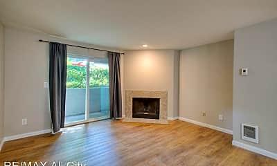 Living Room, 975 Aberdeen Ave NE, 1